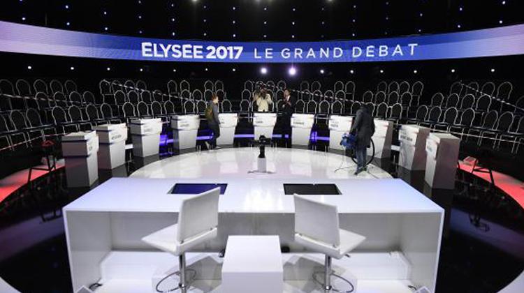 Un plateau à La Plaine-Saint-Denis avant un débat présidentiel, le 4 avril 2017 ( POOL/AFP / Lionel BONAVENTURE )